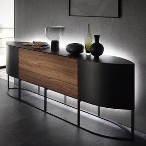 sideboards in unz hligen varianten lackfarben funktionen massen h lzern. Black Bedroom Furniture Sets. Home Design Ideas