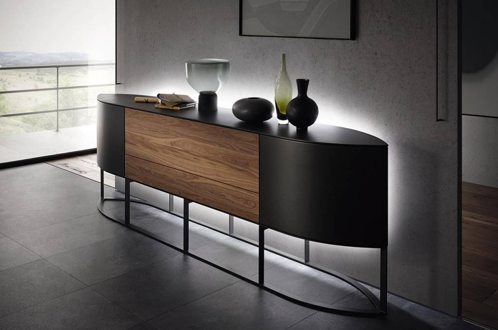 h lsta navis sideboard mit navis steht ein kraftvolles. Black Bedroom Furniture Sets. Home Design Ideas