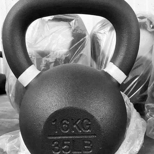 Powdercoated kettlebells