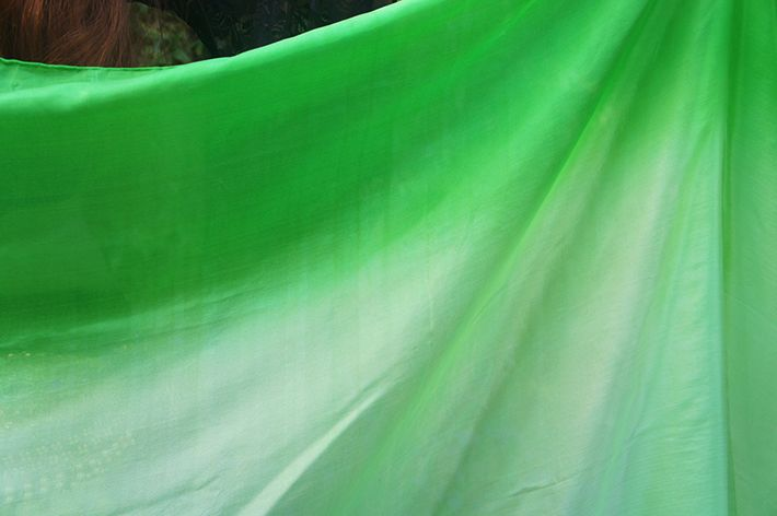 Seiden schleier in grün Farbverlauf