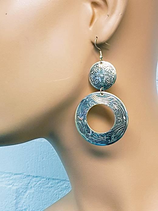 Sakkara Ohrringe im orientalischen Design in Altsilber