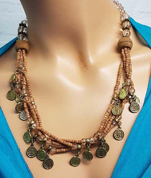 Sakkara Kette mit braunen Perlen und altmüntzen