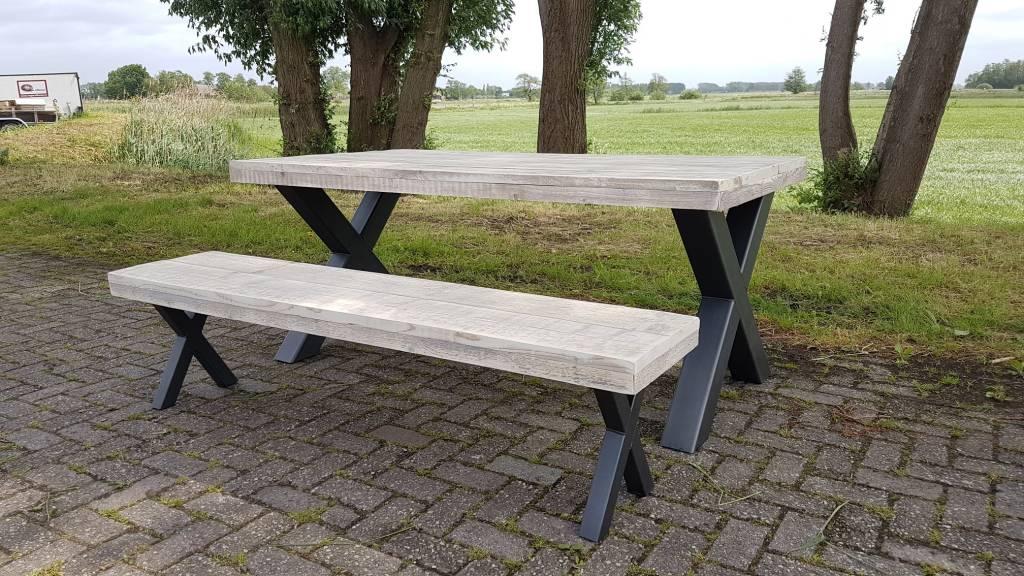 Tafel Hout Staal : Inspirational hout en staal tafel tafels stoelen bureaus