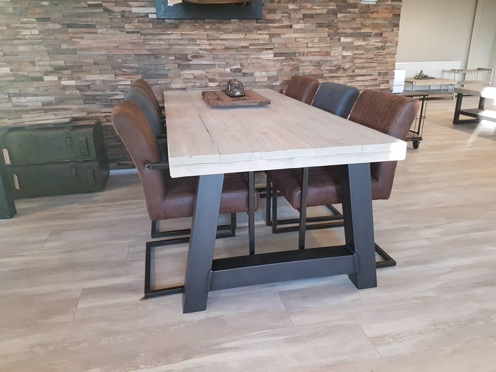 Eettafel a frame firma hout staal - Eettafel en houten eetkamer ...