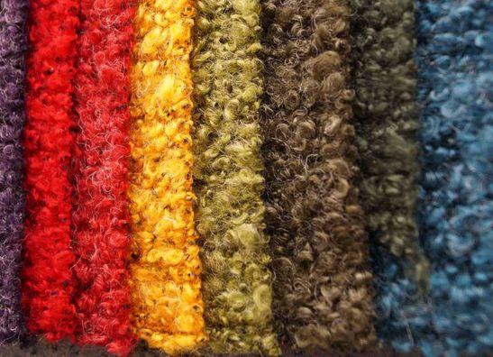 Tricoter et laine boullie
