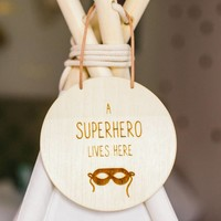 Superhero Holzschild
