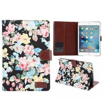 Zwart bloemendesign flipstand hoes iPad Mini 4