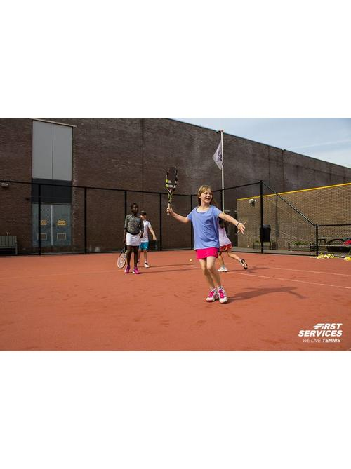 FIRST SERVICES TENNISKIDS 1 UUR, 18 WEKEN (4 T/M 10 JAAR) MIN 6  KIDS WINTER OP TC SCHIEBROEK