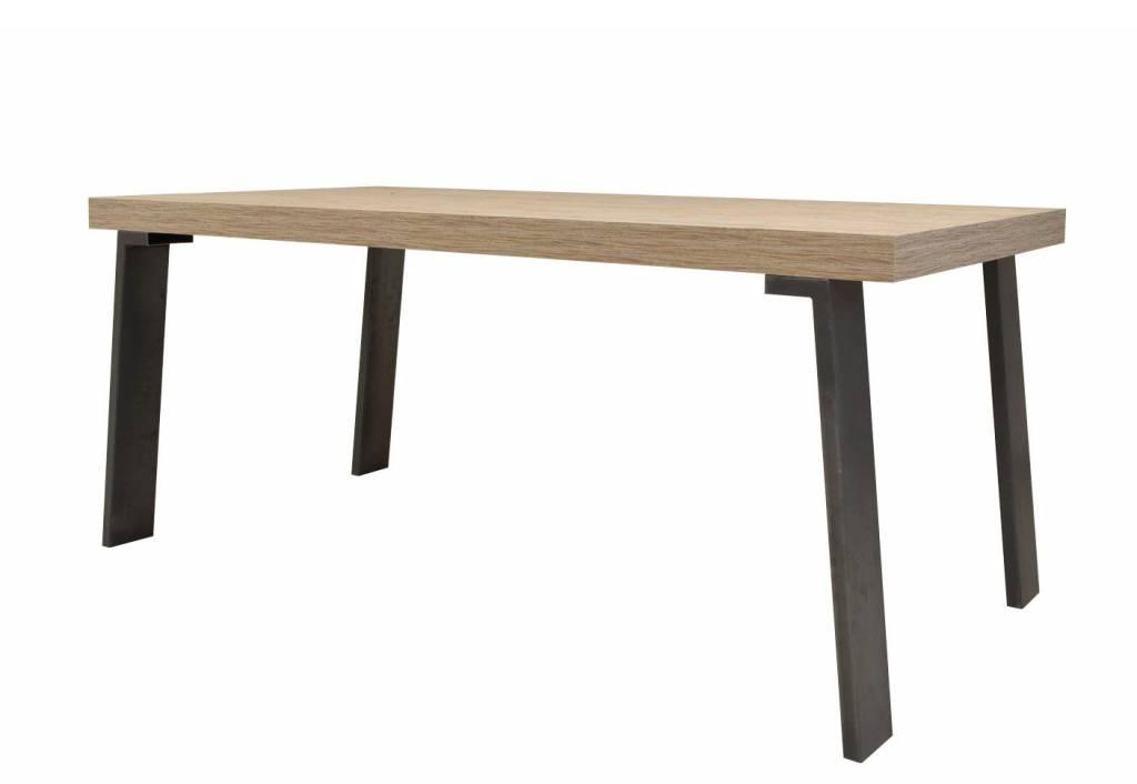 Benvenuto Design Palma Eettafel Plus 168 cm. Eiken