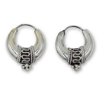Oorbellen creolen Bali 925 zilver 22 mm