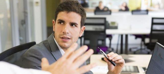 E-Zigarette am Arbeitsplatz: Was ist erlaubt?
