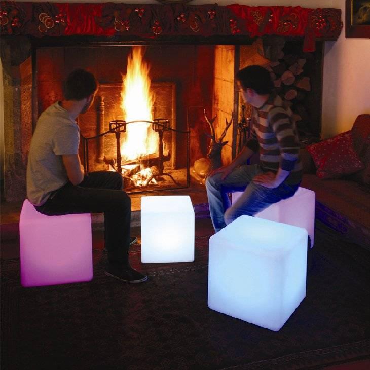 LED Leuchtwürfel, Sitzmöbel, kabellos mit Farbwechsel, Fernbedienung, Akku,  50cm x 50cm x 50cm