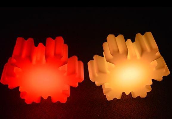LED Schneeflocken Beleuchtung, Kabellos mit Farbwechsel, Fernbedienung, Akku, 35 cm x 40 cm x 12 cm