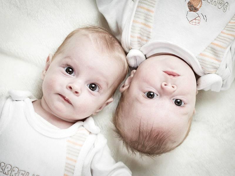 Babykamer Tweeling Ideeen : Interieur kids kleine babykamer inrichten tips en trucs