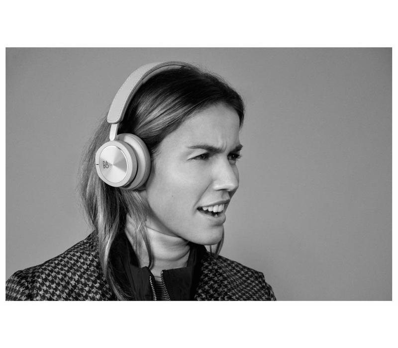 BeoPlay H8i Natural Noise canceling