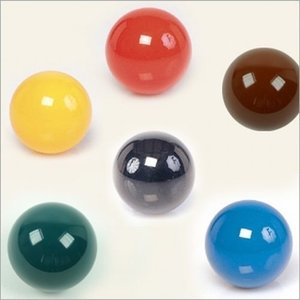 Coloured snooker ball