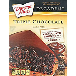Duncan Hines Triple Chocolate Cake Mix 595g