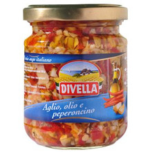 Saus tomaat, knoflook en pikant 190gr