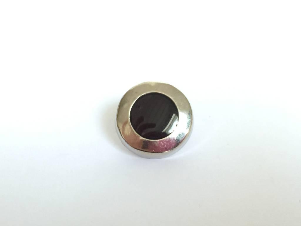 Metallknopf, silberfarben-schwarz