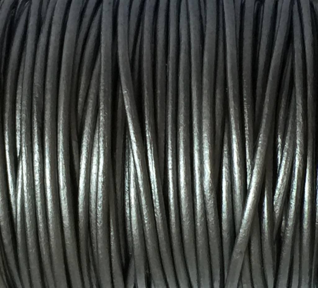 Lederkordel rund Ø 1,5 mm, metallic grey
