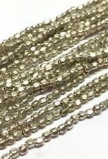 Metallperlen - Square Brass Beads 2 mm, silver plated