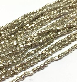 Metallperlen - Square Brass Beads 2 mm, silver plated
