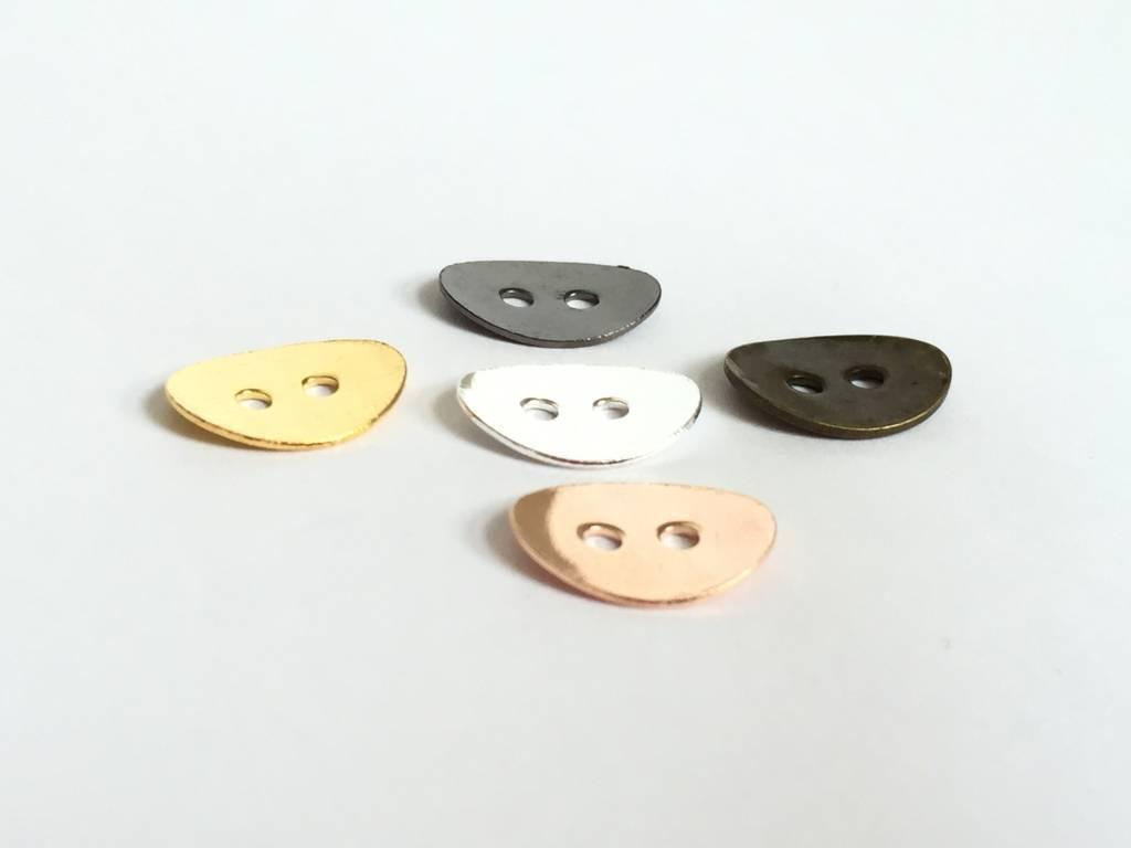 Metallknopf, oval gebogen