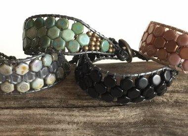 Kurs #4 - Honeycomb Armband