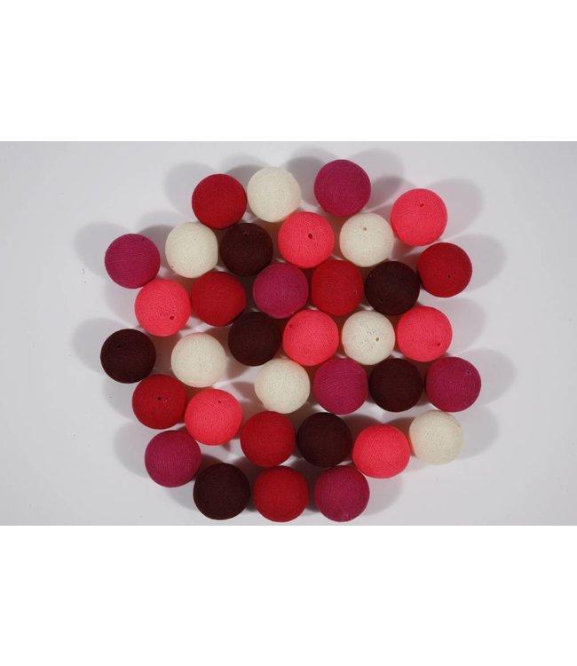 Lichtslinger met 35 gekleurde balletjes roze