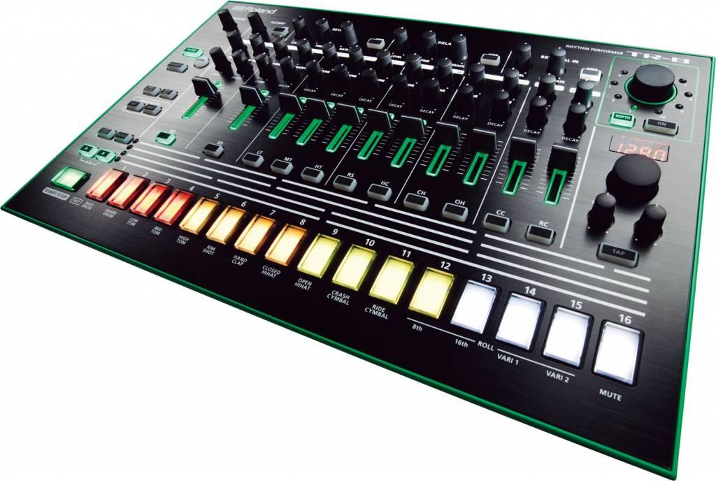 Roland  TR-8 Rhythm Performer TR8 Drumcomputer