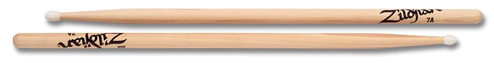 Zildjian 7ANN   Trommelstöcke 7A Hickory Nylon Tip-Serie, natürliche Farbe ZI7ANN