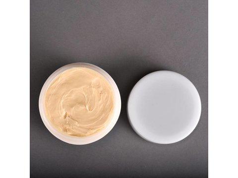 Verzorgende lichaamscrème na ontharen van het lichaam