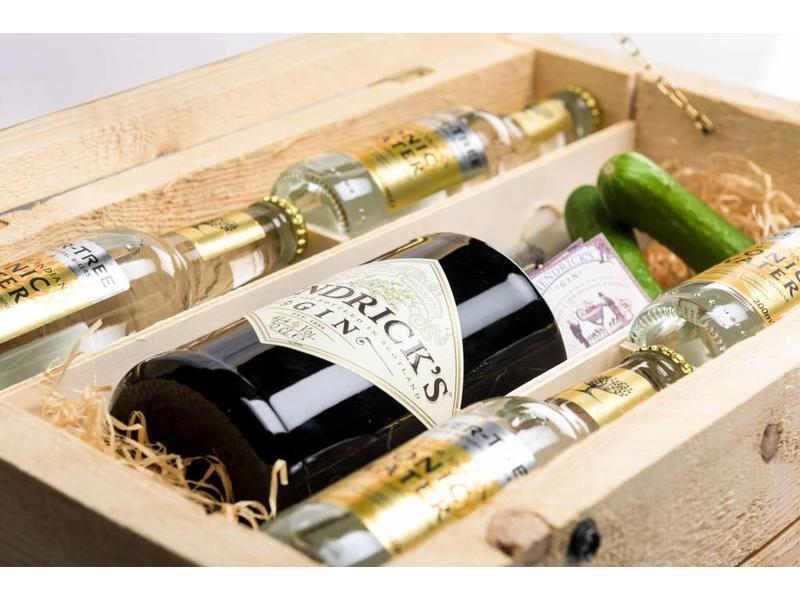 Hendricks Gin Tonic Box