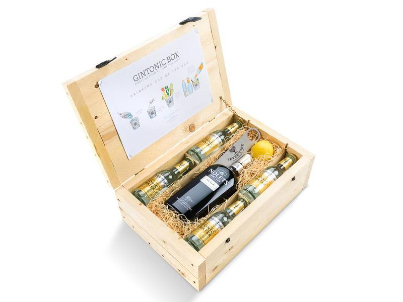 Nolet's Silver Dry Gin tonic box