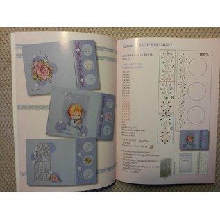 Bücher und CD / Magazines Buch mit viele Vorlagen: Sticken auf Karten