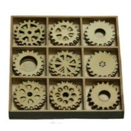 Objekten zum Dekorieren / objects for decorating Gears 30 parts in a wooden box !! 10.5 x 10.5 cm