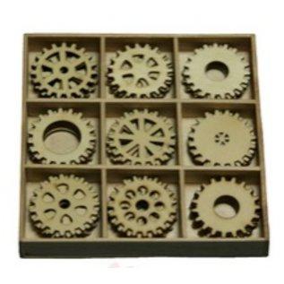 Objekten zum Dekorieren / objects for decorating Gears 30 dele i en trækasse !! 10,5 x 10,5 cm