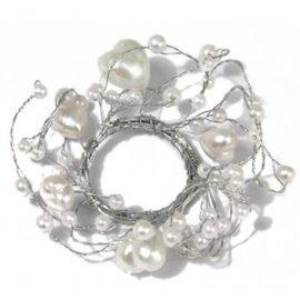 Embellishments / Verzierungen Perlenring mit Herzen, Ring ø 3 cm, PVC-Box 1 Stück , weiß