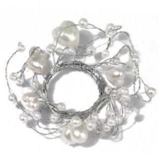 Embellishments / Verzierungen Pearl Ring med hjerter ring diameter 3 cm, PVC box 1 stk, hvid