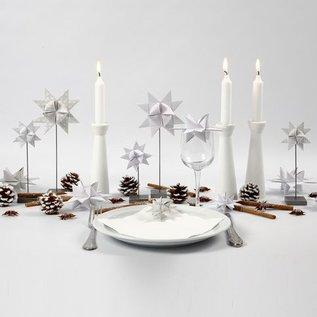 Objekten zum Dekorieren / objects for decorating Kerzenhalter aus hellem Holz mit Metalleinlage für die Kerze