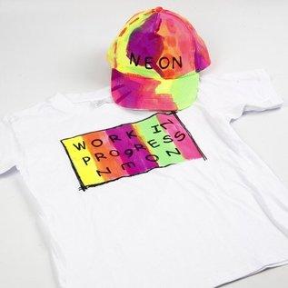 BASTELZUBEHÖR, WERKZEUG UND AUFBEWAHRUNG Ein neonfarbenes Sommer-Outfit: Hochwertige Textilfarbe, wasserbasierend, ergiebig