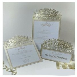 Die'sire Stamping template: Elegant crown