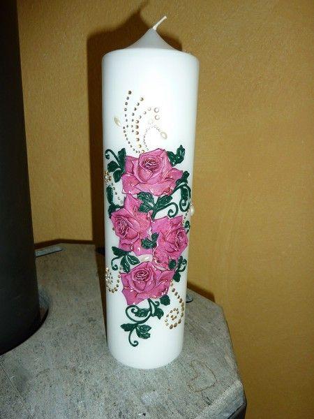 Kerze selbstgestaltet mit diverse Klebe Steinchen