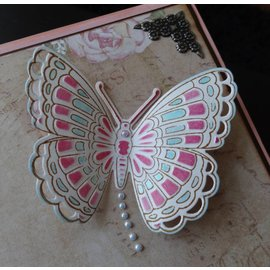 Marianne Design Marianne Design, poinçonnage et gaufrage pochoir + timbre: Papillons