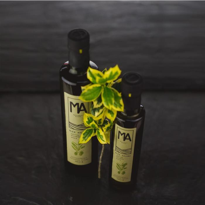 natives Olivenöl aus Koroneiki Oliven