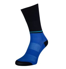 Les chaussettes bleues