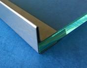 u profil zur fixierung von glas einfassprofil edelstahl schutz von glaskanten f r t ren. Black Bedroom Furniture Sets. Home Design Ideas