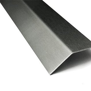 Versandmetall Edelstahlwinkel gleichschenkelig 135° Länge 2500 mm