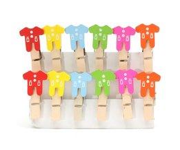 Clip Mini Poses Avec Vêtements De Bébé 12 Pieces
