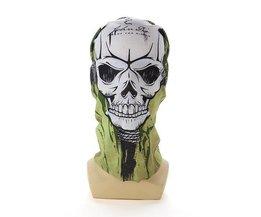 Masque Avec L'Image Du Crâne